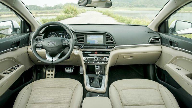 Đánh giá xe hyundai elantra đang hot trên thị trường quốc tế