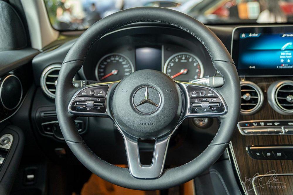 Đánh giá xe mercedes glc 200 dành cho người muốn mua xe
