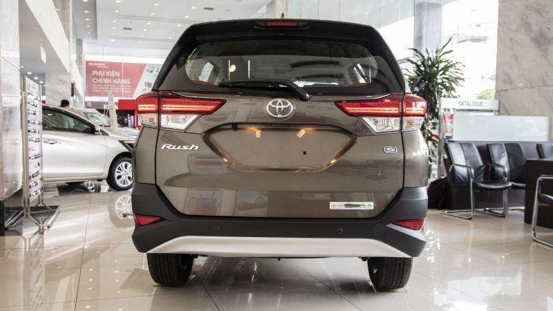 Đánh giá xe toyota rush dành cho người muốn mua xe