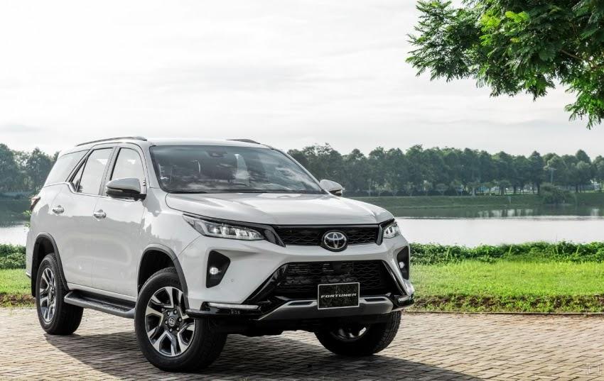 Toyota Fortuner 2021 ra mắt tại VN, giá từ 995 triệu VNĐ rẻ hơn bản cũ Ảnh 1