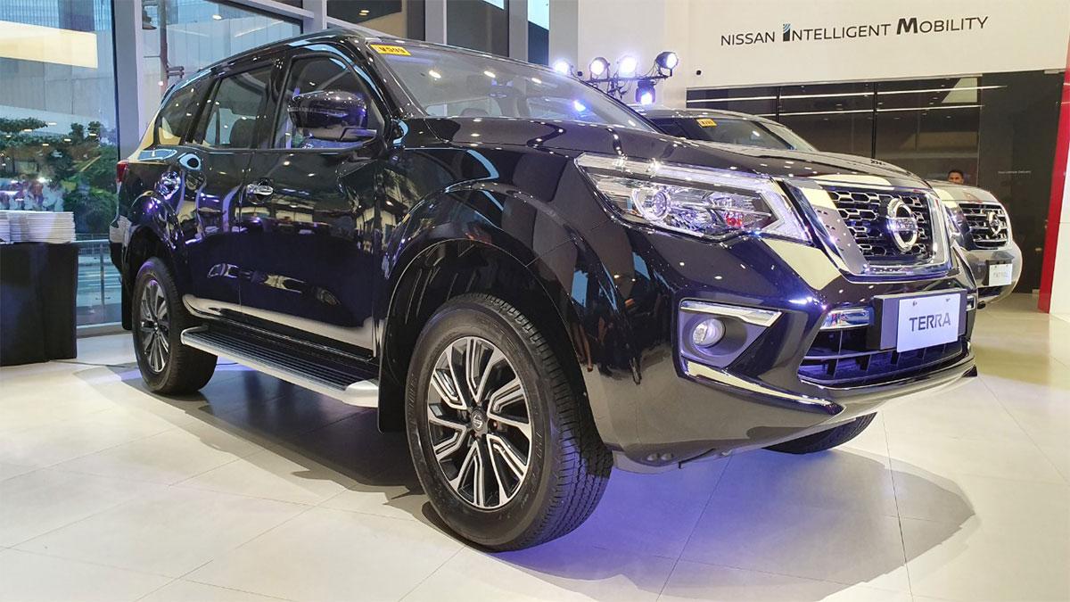 Hình ảnh thực tế Nissan Terra 2019 nâng cấp tại Philippines